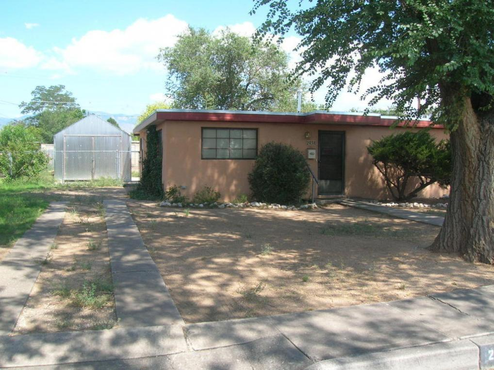 2938 Sierra Drive NE, Albuquerque, NM 87110