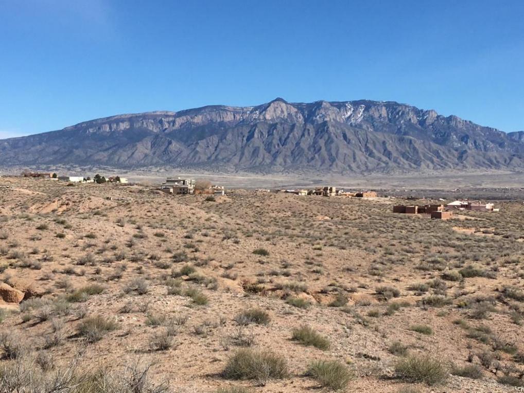 1600 Gros Ventre Drive NE, Rio Rancho, NM 87144