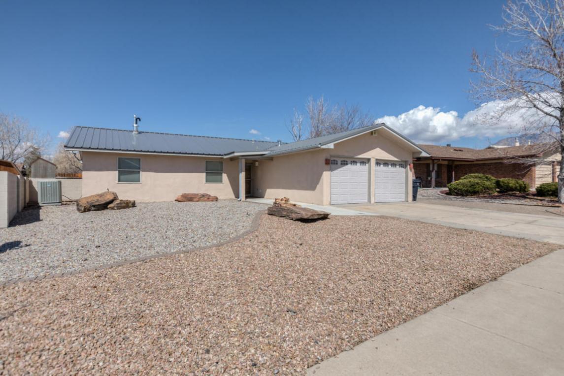 MLS #913282 - 7341 Yorktown Avenue NE, Albuquerque, NM 87109