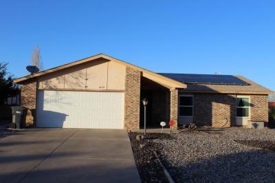 Photo of 6175 Roadrunner Loop NE, Rio Rancho, NM 87144