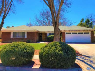 9008 Hannett Avenue NE, Albuquerque, NM 87112