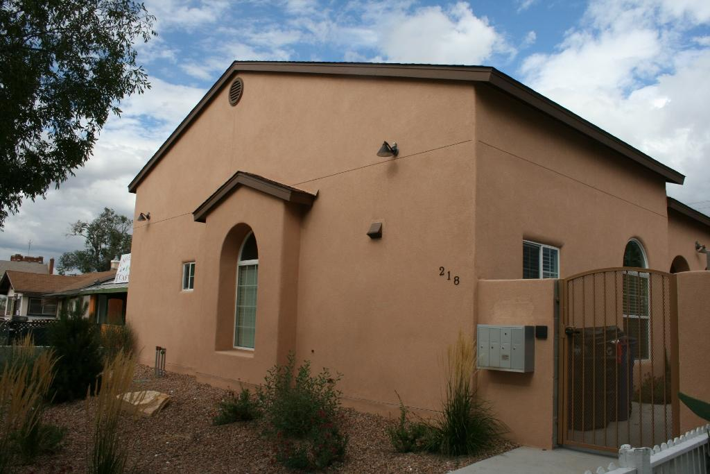218 Yale Boulevard SE, Albuquerque, NM 87106