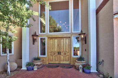 Photo of 13716 Canada Del Oso Place NE, Albuquerque, NM 87111