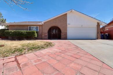 5608 Tioga Road NW, Albuquerque, NM 87120