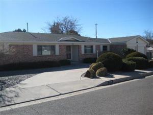 7410 Los Arboles Avenue NE, Albuquerque, NM 87110