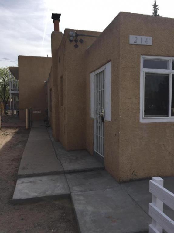 214 Vassar Drive SE #B, Albuquerque, NM 87106