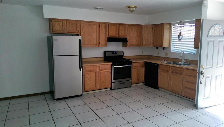 405 Hazeldine Avenue SW #B, Albuquerque, NM 87102