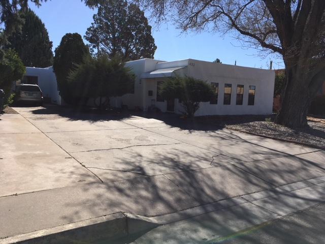 434 Quincy Street NE, Albuquerque, NM 87108