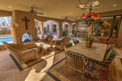 Photo of 10040 Los Cansados Road NW, Albuquerque, NM 87114