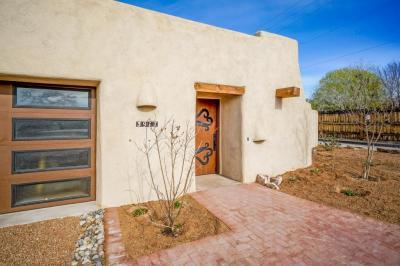Photo of 3917 Pedroncelli Road NW, Albuquerque, NM 87107