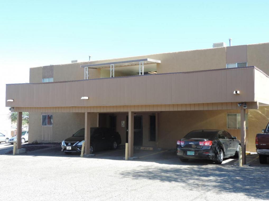 3209 Alta Monte Court NE, Albuquerque, NM 87107