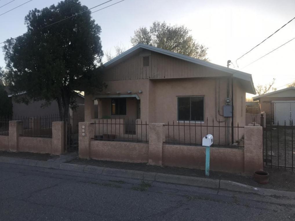 506 Campana Avenue, Belen, NM 87002