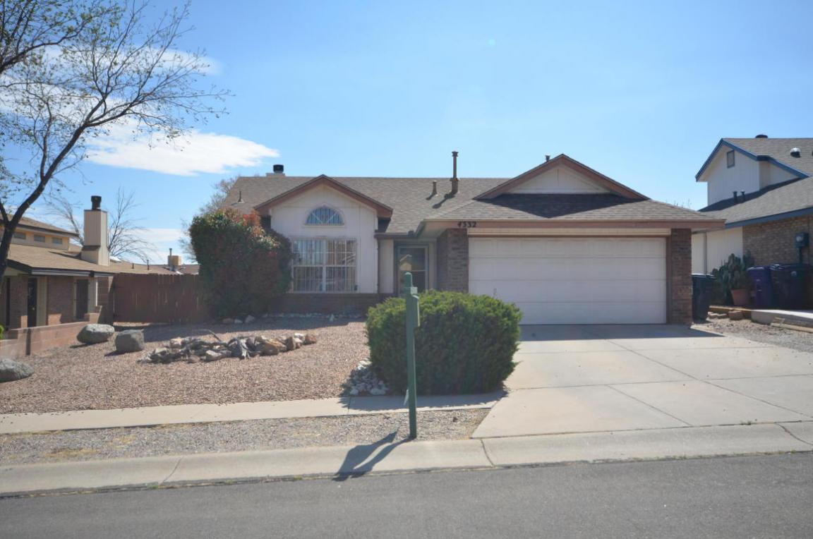 4332 Rabbit Brush Avenue NW, Albuquerque, NM 87120