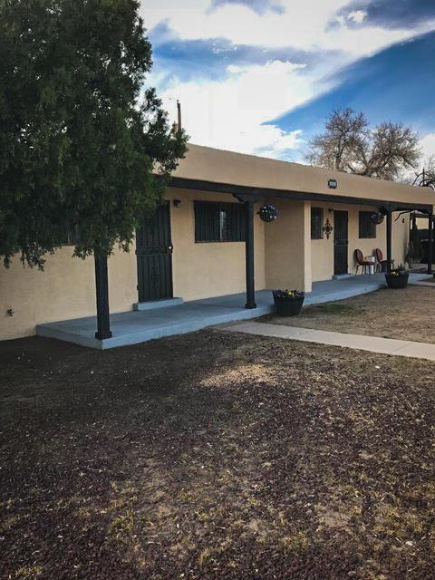 501 58th St Street NW, Albuquerque, NM 87105