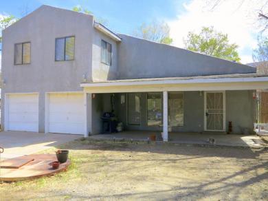 28 Canada De Los Alamos Trail NE, Albuquerque, NM 87123