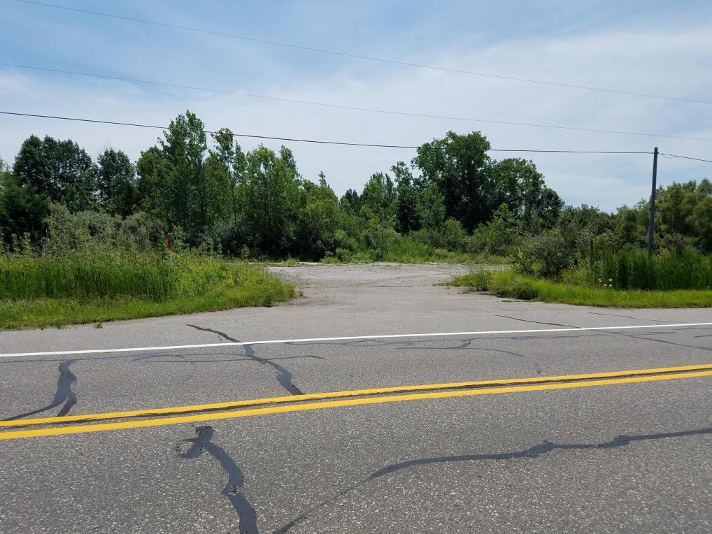 3613 N M 63 Highway, Benton Harbor, MI 49022