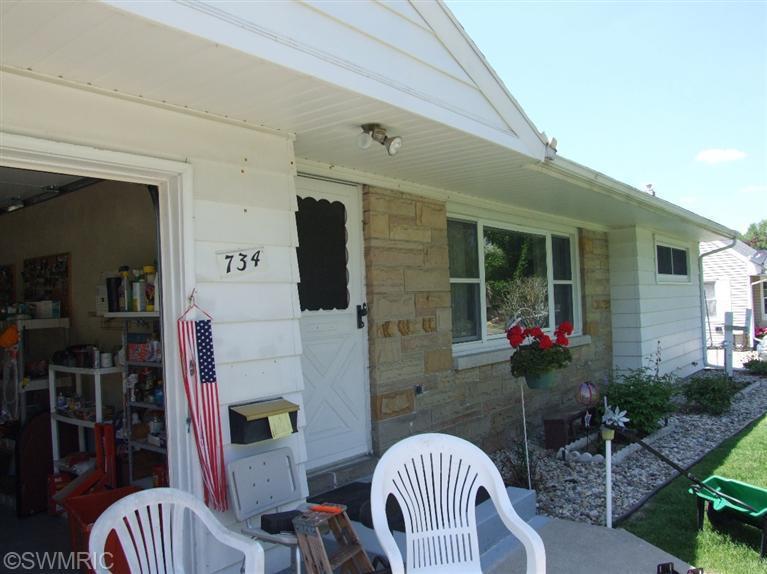 734 Riverside Drive, Battle Creek, MI 49015