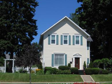 603 E Ludington Avenue, Ludington, MI 49431