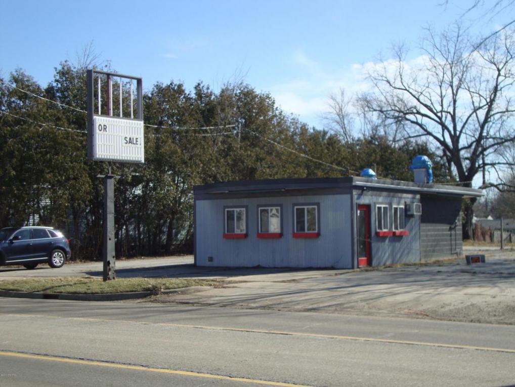 23 W Ash Street, Three Oaks, MI 49128