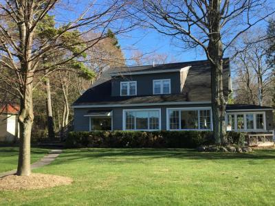 Photo of 3813 Lakeshore Drive, Manistee, MI 49660