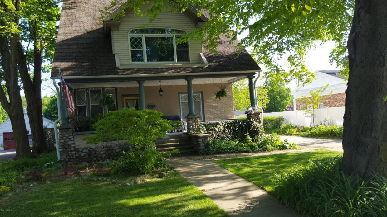 9024 D Avenue E, Richland, MI 49083