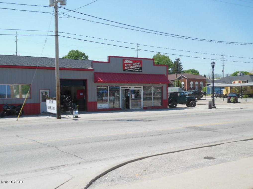 161 S Maple Street, Grant, MI 49327