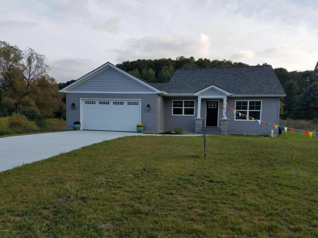 20595 Rolling Hills Lane, Big Rapids, MI 49307