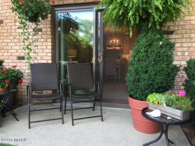 225 Dyckman Avenue #11, South Haven, MI 49090