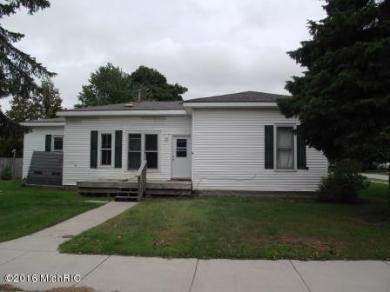 501 N Rath Avenue, Ludington, MI 49431
