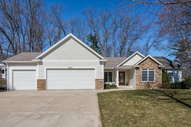 18123 Woodland Trail, Spring Lake, MI 49456