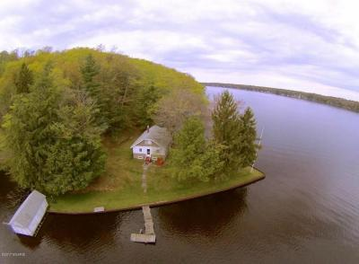 Photo of 5622 W Barnhart Road, Ludington, MI 49431