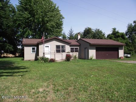5500 S Eden Lake Road, Custer, MI 49405