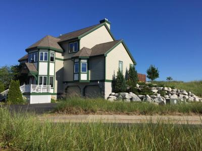 Photo of 272 N Lakeshore Drive, Manistee, MI 49660