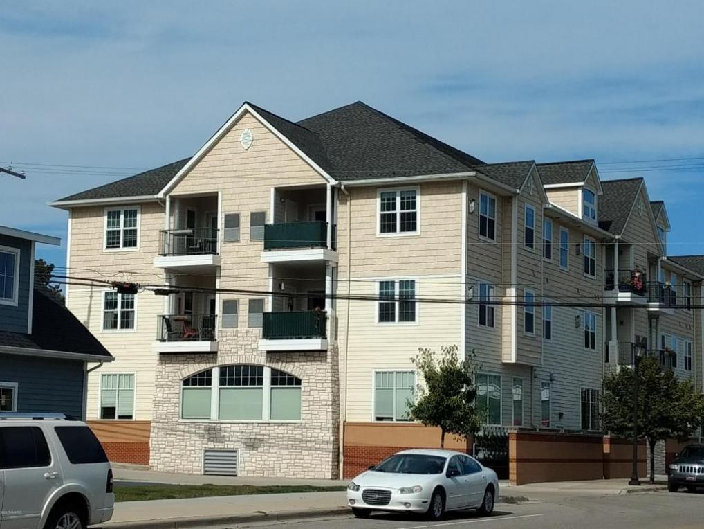 401 W Ludington Avenue #305, Ludington, MI 49431