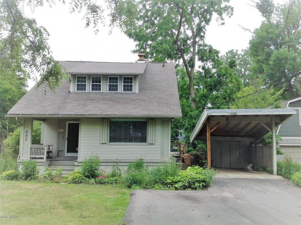 557 Greenwood SE, Grand Rapids, MI 49506