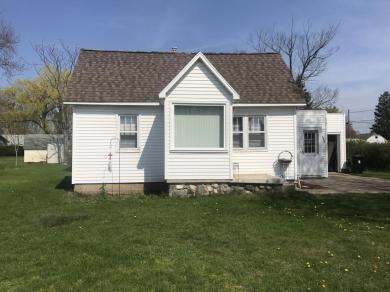 604 Lakeview Street, Ludington, MI 49431