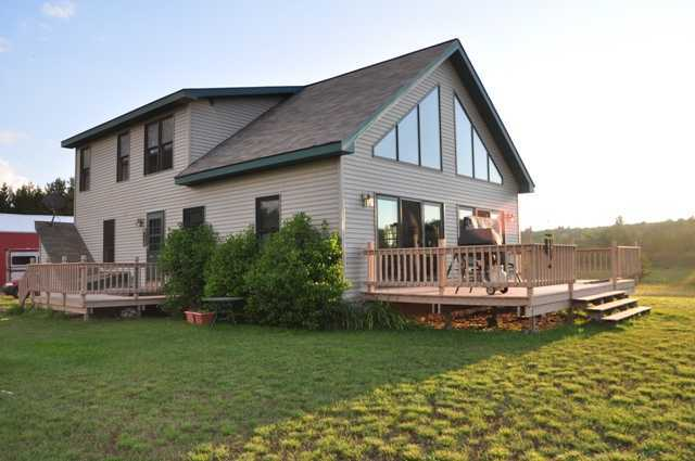 145 Pond, Iron River, MI 49935