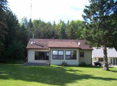 101 E Silver Lake, Iron River, MI 49935