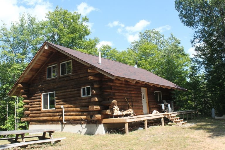 575 Cabin (2) Forest Rd 3940 Lat 46.20462 Lon -88.9875, Iron River, MI 49935