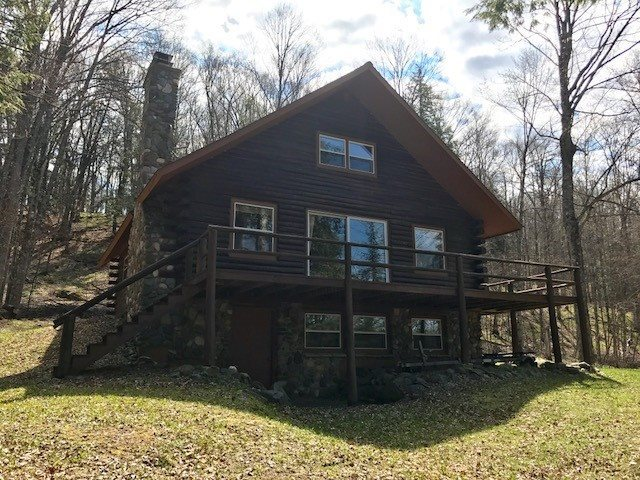 503 Smoky Lake, Iron River, MI 49935