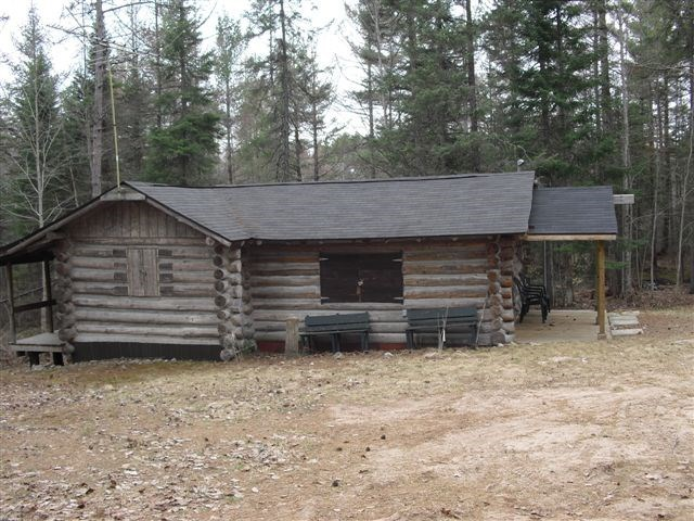 N605 Long Lake Rd, Wetmore, MI 49895