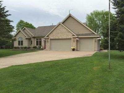 Photo of 434 W Hagerman Lake, Iron River, MI 49935