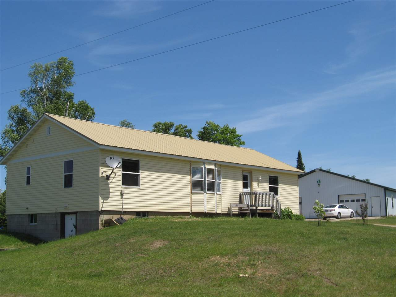Mls 1095514 37624 co rd 426 cornell mi 49818 for Upper michigan real estate zillow