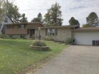 211 N 9th, Iron River, MI 49935