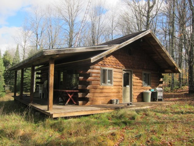 160ac W Us2, Iron River, MI 49935