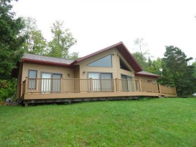 Photo of 10247 East Shore, Marenisco, MI 49947