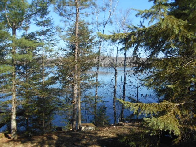 TBD Forest Lake, Armstrong Creek, WI 54103