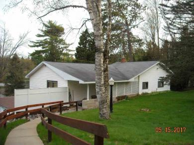 5122 Tall Pines, Florence, WI 54121