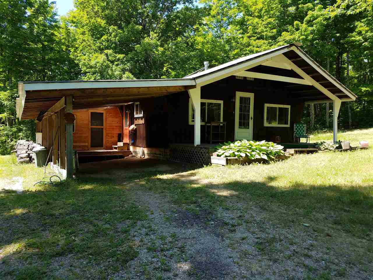 Mls 1103271 n2943 us41 trenary mi 49891 for Upper michigan real estate zillow