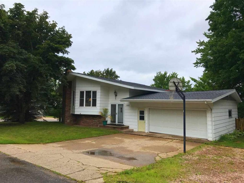 1500 Mildred, Marquette, MI 49855
